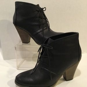Mia Black Booties Ankle Boots Size 9